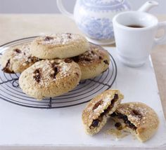 Sticky and packed with fruit, with extra flacky and light pastry, these Eccles cakes are just about perfect