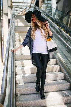 15 Sexy Women's Leather Pants ideas