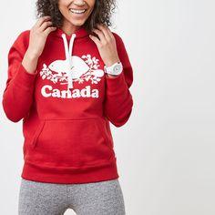 www.roots.com ca en womens-cooper-canada-kanga-hoody-05030051.html?cgid=womens-Canada-150-Womens-Sub&start=2&selectedColor=K68