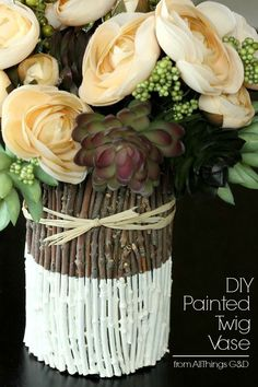 Diy Crafts Ideas : DIY Painted Twig Vase Tutorial