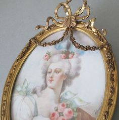 Antique-Gilt-Wood-Gesso-Frame-Barbola-BOW-Top-ROSE-SWAGS-Marie-Antoinette