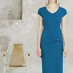 HempAge - Dresses made out of hemp and organic cotton Pet Recycling, Vegan Shopping, Short Sleeve Dresses, Dresses With Sleeves, Fair Trade, Hemp, Dress Making, Organic Cotton, Ideias Fashion