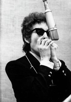 Bob Dylan and the I Ching: Thunder at the Well - Jung Currents Bob Dylan Harmonica, Music Is Life, New Music, Rock Music, Music Music, Music Stuff, Woodstock, Bob Dylan Songs, Bob Dylan Art