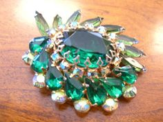 GIVE THE GIFT OF VINTAGE THIS SEASON!  Emerald Green Rhinestone Brooch by VintageVaultAustin on Etsy, $48.00