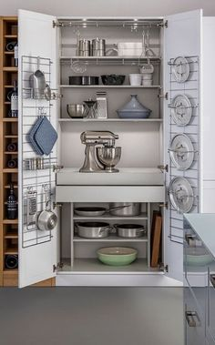 #homedecor #kitchenideas #inspiration |Design ideas for a contemporary kitchen with shaker cabinets and white cabinets. — Houzz