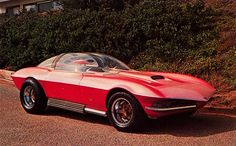 Cosma Ray customized 1968 Corvette, designed by Darryl Starbird.