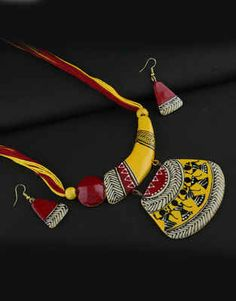 Explore online designer handmade jewellery at Anuradha Art Jewellery. We offer exclusive collection in terracotta jewellery set at an affordable cost. Terracotta Jewellery Online, Terracotta Jewellery Designs, Diy Jewelry Necklace, Jewelry Art, Silver Jewelry, India Jewelry, Yoga Jewelry, Fabric Jewelry, Necklace Set