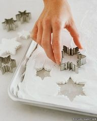 "Marshmallow Snowflakes... Beautiful little touch to add to your Hot Cocoa when company comes over for the Holidays.! They make great hostess gifts as well, or last minute stocking stuffers...."" data-componentType=""MODAL_PIN"