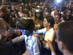 ¡La mujer que pone a TEMBLAR al régimen de Maduro, presente en Altamira.!