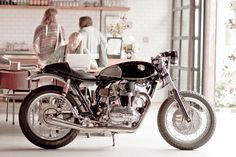 Kawasaki W650 Fiddler Cafe Racer ~ Return of the Cafe Racers