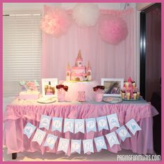 DIY+Tulle+Cake+Stand