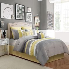 VCNY Lawrence 8 Piece Comforter Set Yellow