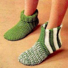 Unique 30 Super Easy Knitting and Crochet Patterns for Beginners Easy Crochet Slippers Of Best Of Easy Slippers Pattern Free Patterns Easy Crochet Slippers Easy Crochet Slippers, Crochet Socks Pattern, Crochet Boots, Crochet Clothes, Men's Slippers, Crochet Patterns For Beginners, Easy Crochet Patterns, Knitting Patterns, Crochet Gratis