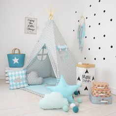 Teepee set Imaginary Friend takes you to the wonderland of fun, joy and happiness. It can be a place for morning tea with mum, daily play with friends and evening books reading with dad. Playing in teepee developes kids imagination and creativity, IMPORTANT! Designed for children over 3 years old. Younger kids and babies can play in it under adult supervision!  Teepee set contains: -teepee with poles, - floor mat - 4 cushions - teepee case with handle. For indoor and outdoor use, but is not…
