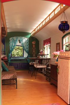 Gypsy Caravan Interior/CURTAINS ACROSS BACK BEDROO