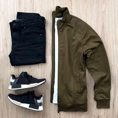 outfit grid I love this. you can find similar pins below. We have brought the best of the. Cool Outfits, Casual Outfits, Men Casual, Fashion Outfits, Fashion Ideas, Mode Man, Forever 21 Men, Mein Style, Outfit Grid