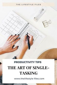 Struggling with writing for your business? Here are five copywriting tips for beginners to help your copy stand out online. Goal Setting Worksheet, La Face, Productivity Hacks, Workplace Productivity, Productivity Management, College Organization, Goal Planning, Self Discipline, Time Management Tips