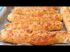 GARLIC CHEESE BREADSTICKS Delicious! Without Egg - YouTube Garlic Cheese, Barbecue, Cheese Breadsticks, Biscuits, French Toast, Snacks, Lchf, Breakfast, Desserts