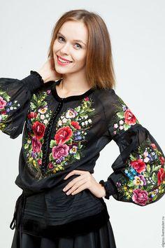 """Блузки ручной работы. Ярмарка Мастеров - ручная работа. Купить Черная блуза вышиванка """"Троянды"""" ручная вышивка гладью. Handmade."""