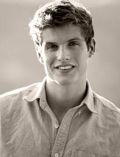 Daniel Sharman *jawdrop*