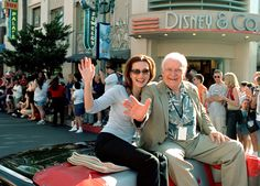 Here are John Ingle and Robin Christopher enjoying some love from the fans at Super Soap Weekend at Walt Disney World.
