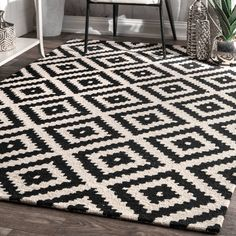 Obadiah Hand-Tufted Wool Black Area Rug