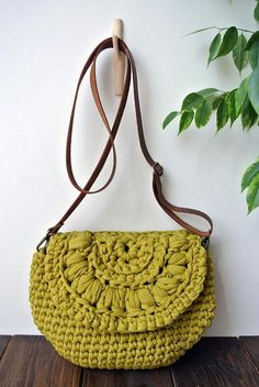 Items similar to Crossbody summer crochet bag/ beach boho chic / shoulder bag / everyday medium bag on Etsy New Cheap Bags. The place where construction meets design, beaded crochet is the act of using beads to embellish crocheted items. Mode Crochet, Bag Crochet, Crochet Shell Stitch, Crochet Clutch, Crochet Diy, Crochet Handbags, Crochet Purses, Crochet Summer, Crochet Ideas
