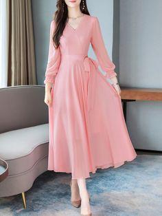 Stylish Dresses For Girls, Stylish Dress Designs, Modest Dresses, Simple Dresses, Pretty Dresses, Elegant Dresses, Beautiful Dresses, Maxi Dresses, Korean Fashion Dress