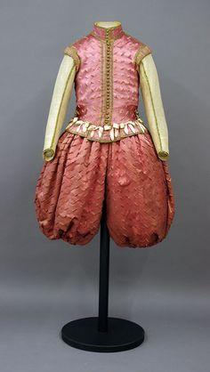 Prunkkleid von Johann Georg I, von Rüstkammer/SKD, Dresden 16th Century Clothing, 17th Century Fashion, 18th Century, Costume Renaissance, Renaissance Men, Dresden, Outdoor Wear, Historical Clothing, European Fashion