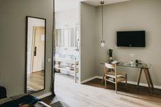 @Hotel_ReginaBCN confección y textiles para habitaciones.