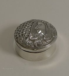 A pretty Edwardian sterling silver pill box, the lid with a beautiful repousse Lady's head in the Art Nouveau style. Art Nouveau, Jewelry Organization, Deco, Organizers, Antique Silver, Sterling Silver, Cool Stuff, Antiques, School