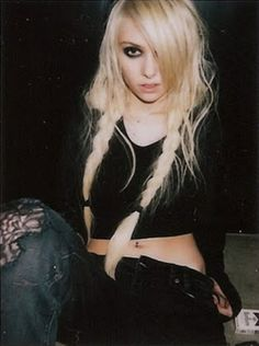 Taylor Momsen | The Pretty Reckless