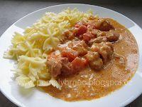 Pomalý hrnec: Papriková omáčka v pomalém hrnci Crock Pot Potatoes, No Salt Recipes, Crockpot, Slow Cooker, Food And Drink, Soup, Meat, Chicken, Ph