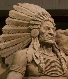 Chief Sand Sculpture by Areia, Brazilian Sand Sculptures♫♫♥♥♫♫♥♫♥JML Wolf Sculpture, Abstract Sculpture, Bronze Sculpture, Snow Sculptures, Metal Sculptures, Ice Art, Snow Art, Grain Of Sand, Land Art