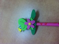 Crayon grenouille pour maman.