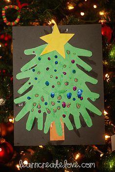 Handprint Christmas Tree | LearnCreateLove.com