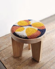 Small Stool, Punch Needle Patterns, Wood Stool, Wooden Kitchen, Punch Art, Hole Punch, Rug Hooking, Soft Furnishings, Embroidery Art