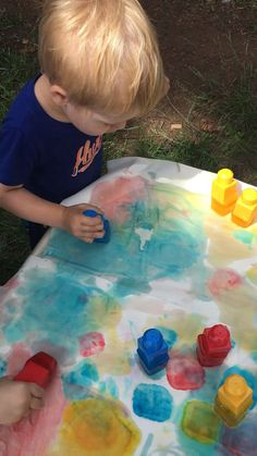 , This block ice painting toddler activity is fun and so simple! Let your child e. , This block ice painting toddler activity is fun and so simple! Let your child explore the cold ice with this easy and engaging sensory activity for to. Outdoor Activities For Toddlers, Toddler Learning Activities, Infant Activities, Activities For Babies Under One, 18 Month Old Activities, Summer Preschool Activities, Outdoor Activities For Preschoolers, Easy Crafts For Toddlers, Baby Activities 1 Year