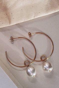 Rock Pearl and Gold Leaf Earrings Filigree Leaves Boho Classy Jewelry Pearl Jewelry