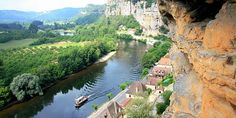 The River Dordogne in France seen from pre-historic cliff-face dwellings (photo by Steve Jurvetson, CC BY-SA 2.0).
