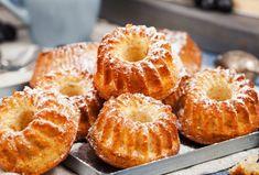 Brioșe delicate cu brânză dulce de vaci — un desert rapid, pe care-l puteți pregăti chiar și în fiecare zi!