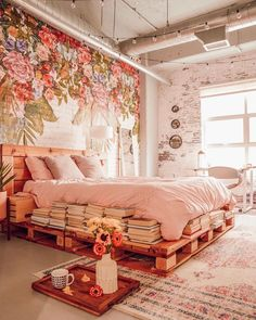 """1,912 curtidas, 28 comentários - @cozi.homes no Instagram: """"How beautiful is this mural? 🌸😍Tag someone 👇 Stay at your cozi Home, stay safe ✊ . . .⠀📸…"""""""