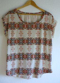 À vendre sur #vintedfrance ! http://www.vinted.fr/mode-femmes/hauts-and-t-shirts-t-shirts/25086064-neuf-t-shirt-long-tunique-ample-loose-azteque-tribal-ethnique-africain-hm-42