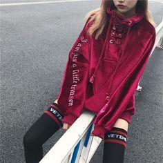 Loose turtleneck long sleeved sweater