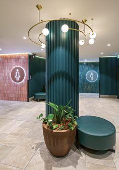 Shoe Store Design, Mall Design, House Design, Columns Decor, Interior Columns, Pillar Design, Parents Room, Restroom Design, Column Design