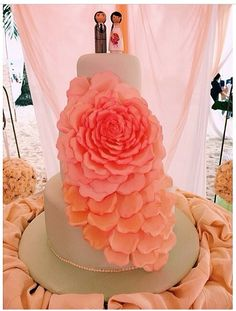 Love the colors and cake topper