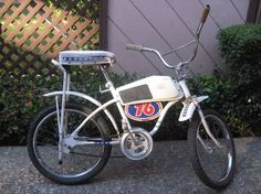 1976 Huffy Evil Knievel,,,I wanted one of these soooo bad, even though I'm a girl! :)