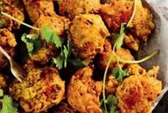 Spicy veggie chilli bites with achar dip Easy Weekday Meals, Party Finger Foods, Fresh Coriander, 4 Ingredients, Tray Bakes, Cooking Time, Dip, Spicy, Veggies