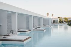 Casa Cook - full Schedule in Rhodes Casa Cook Hotel, Piscina Do Hotel, Rhodes Hotel, Moderne Pools, Hotel Room Design, Hotel Concept, Pool Lounge, Hotel Pool, Villa Design