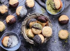 Petit Four Recipes Recipies, Cheesecake, Muffin, Cookies, Breakfast, Desserts, Biscuits, Food, Petit Fours